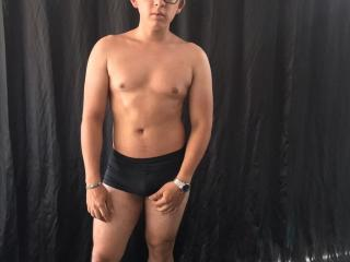 JorgeLindo - Chat live hard with a average body Homo couple